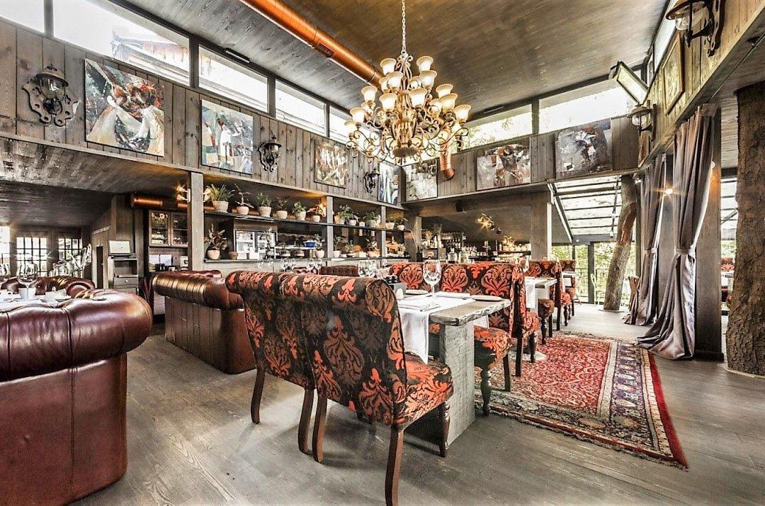 Ukraine IVF tour restaurant